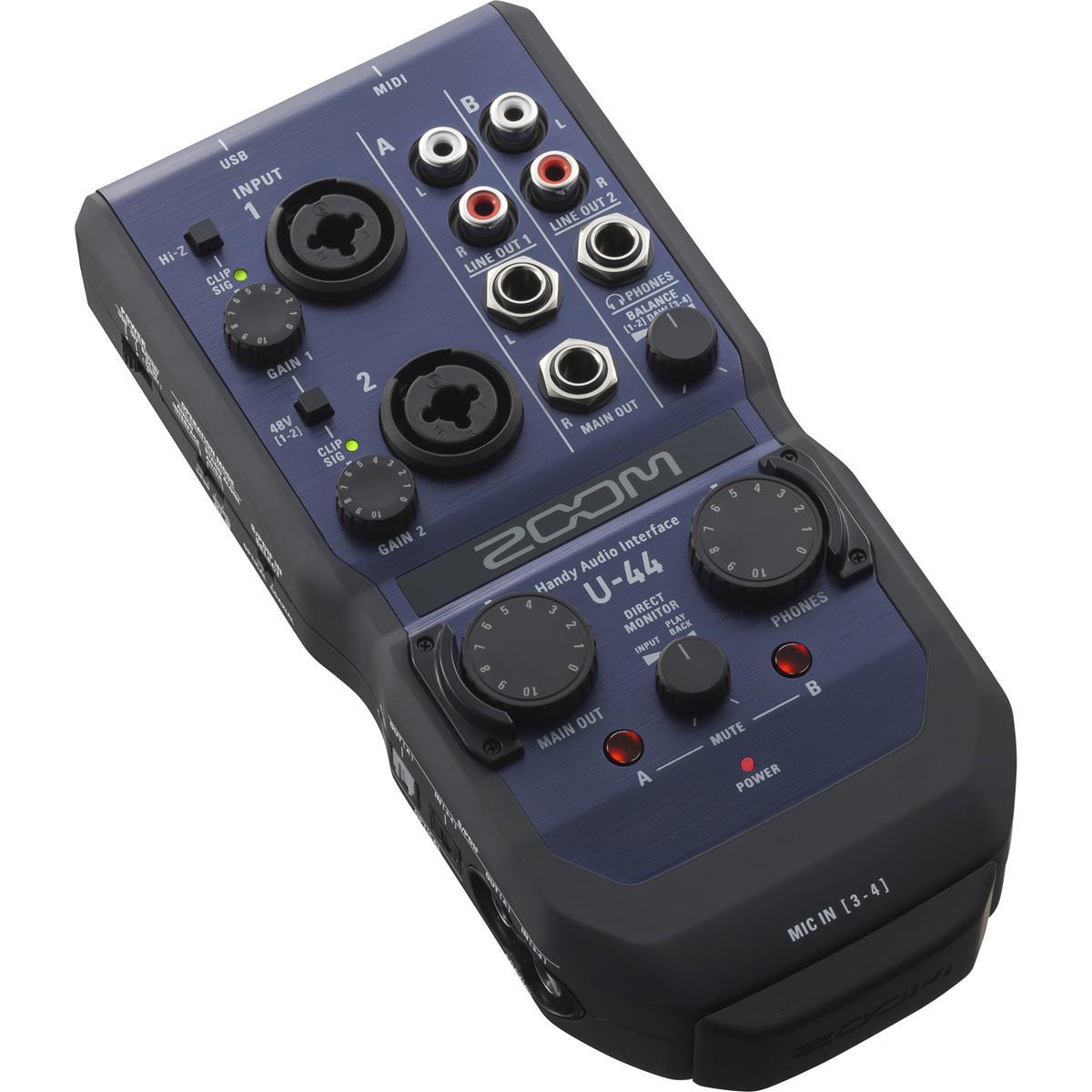 Zoom U-44 - interfaccia audio USB 4in/4out
