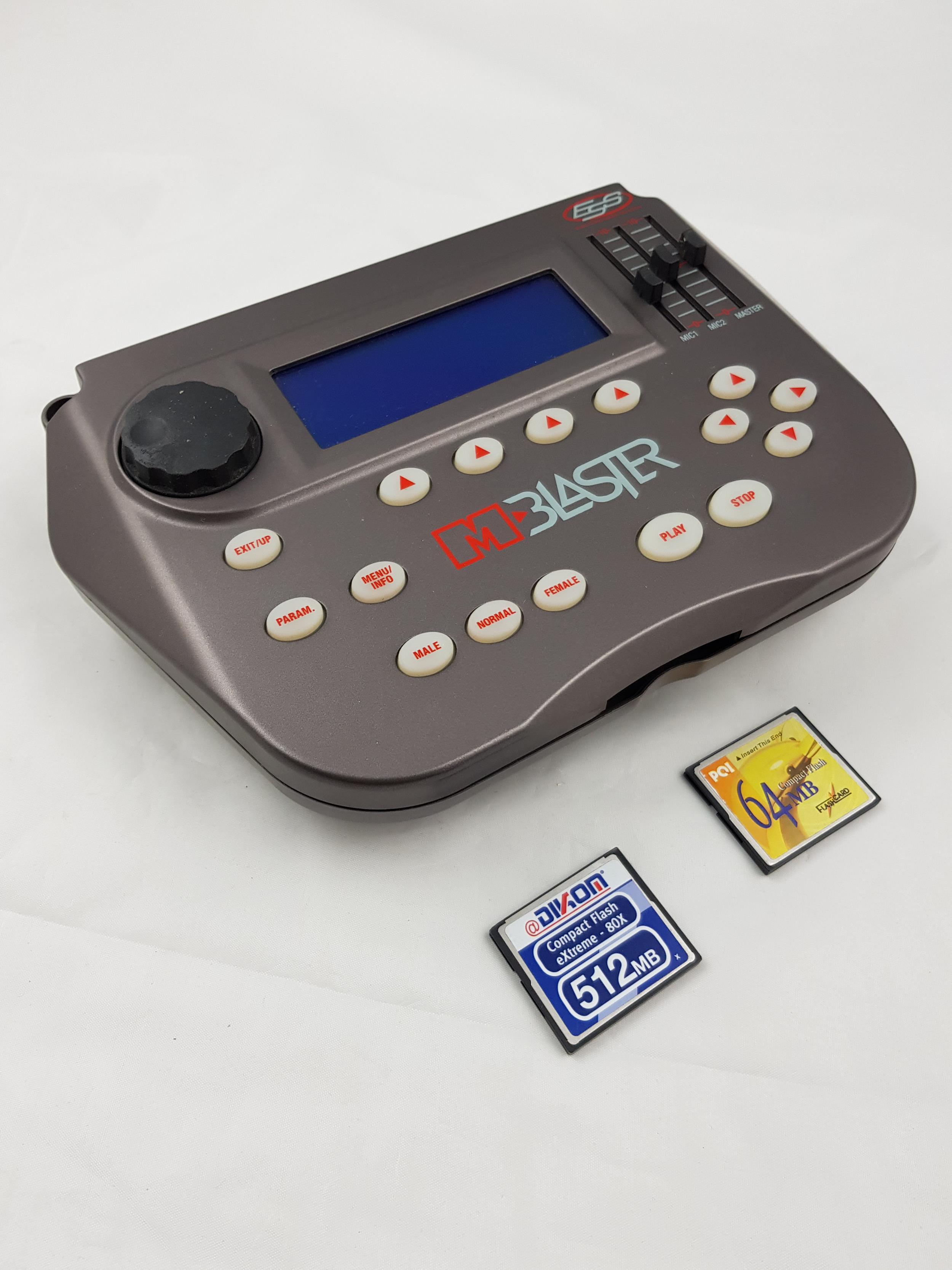 M LIVE ESS M BLASTER MP3 +  2 SD CARD .