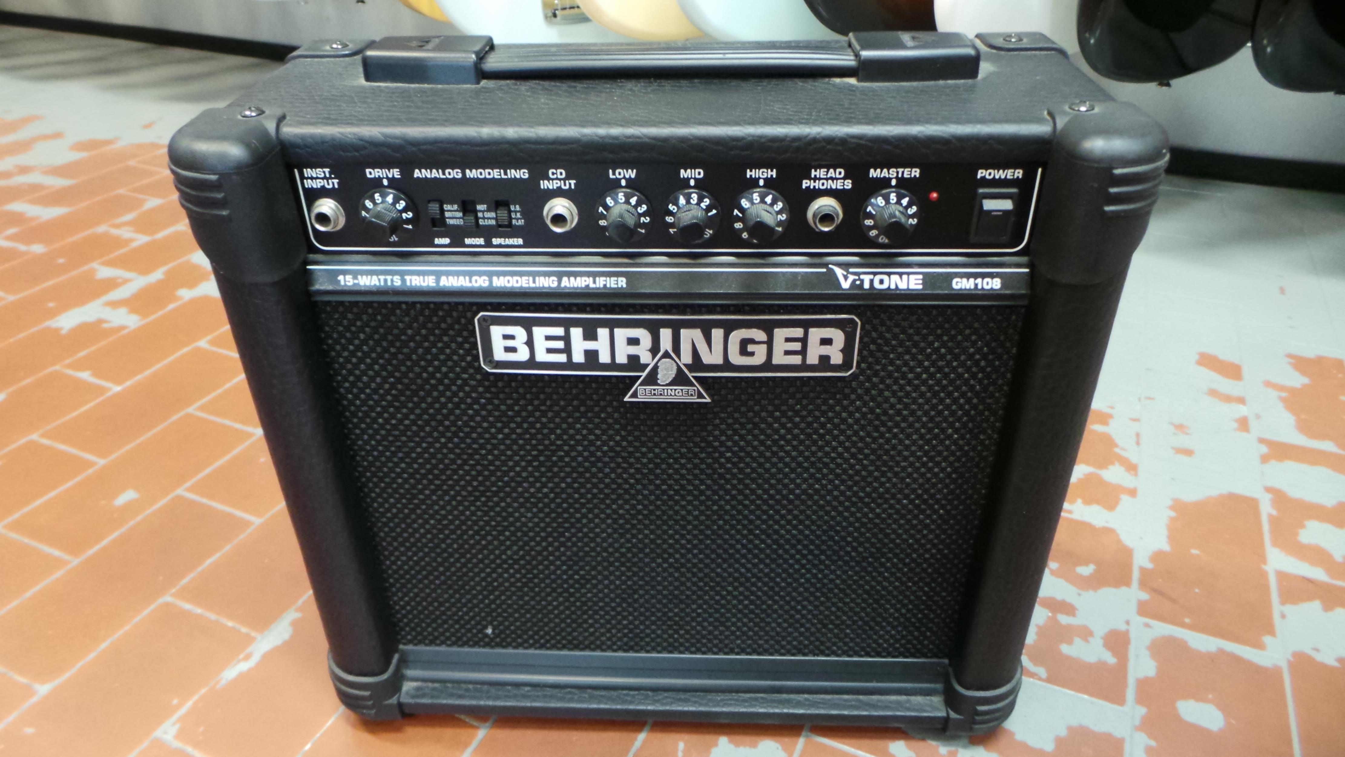 BEHRINGER COMBO MINI gm 108 v tone .