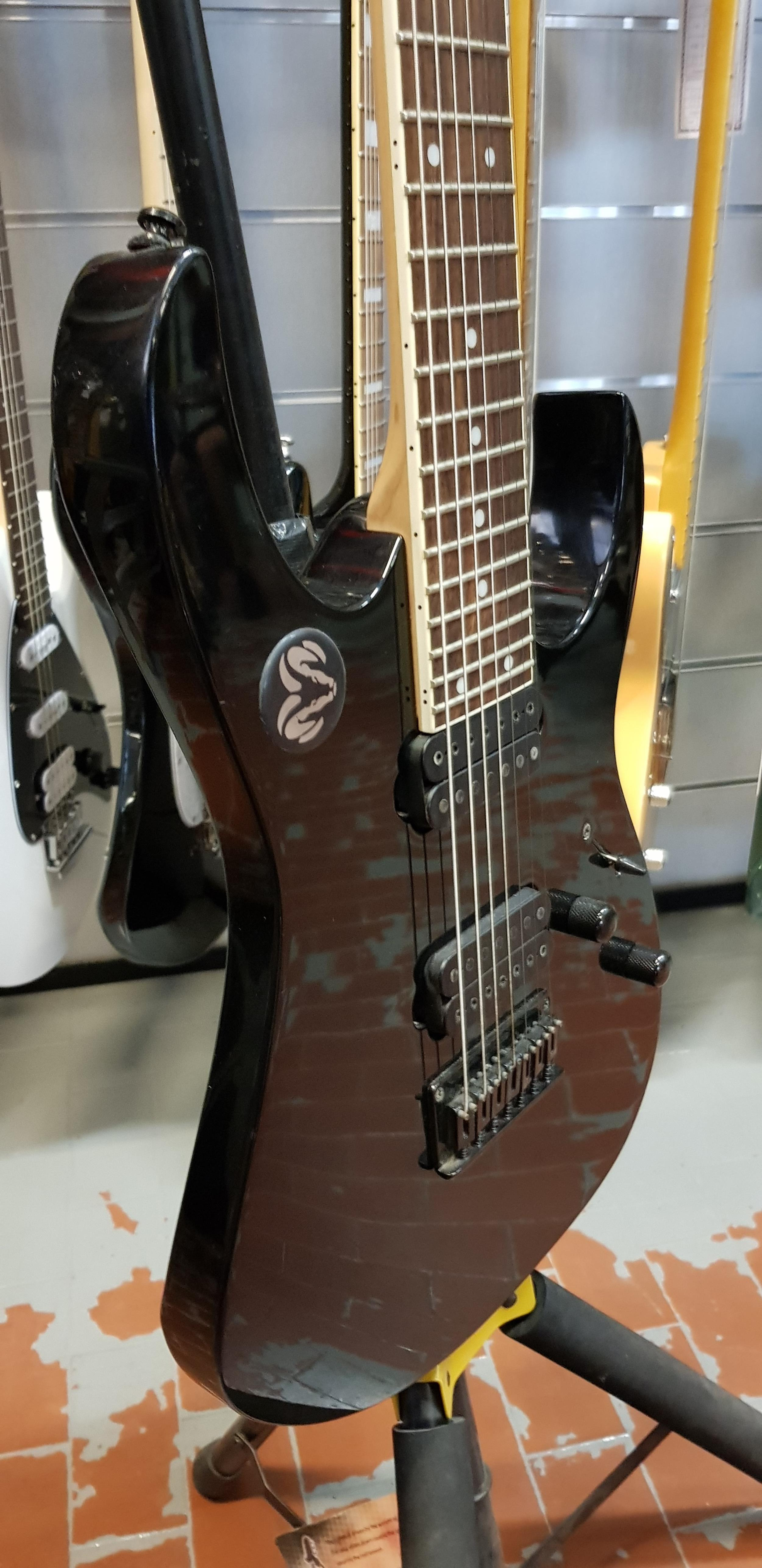 IBANEZ RG-7321 BLACK 7 CORDE .