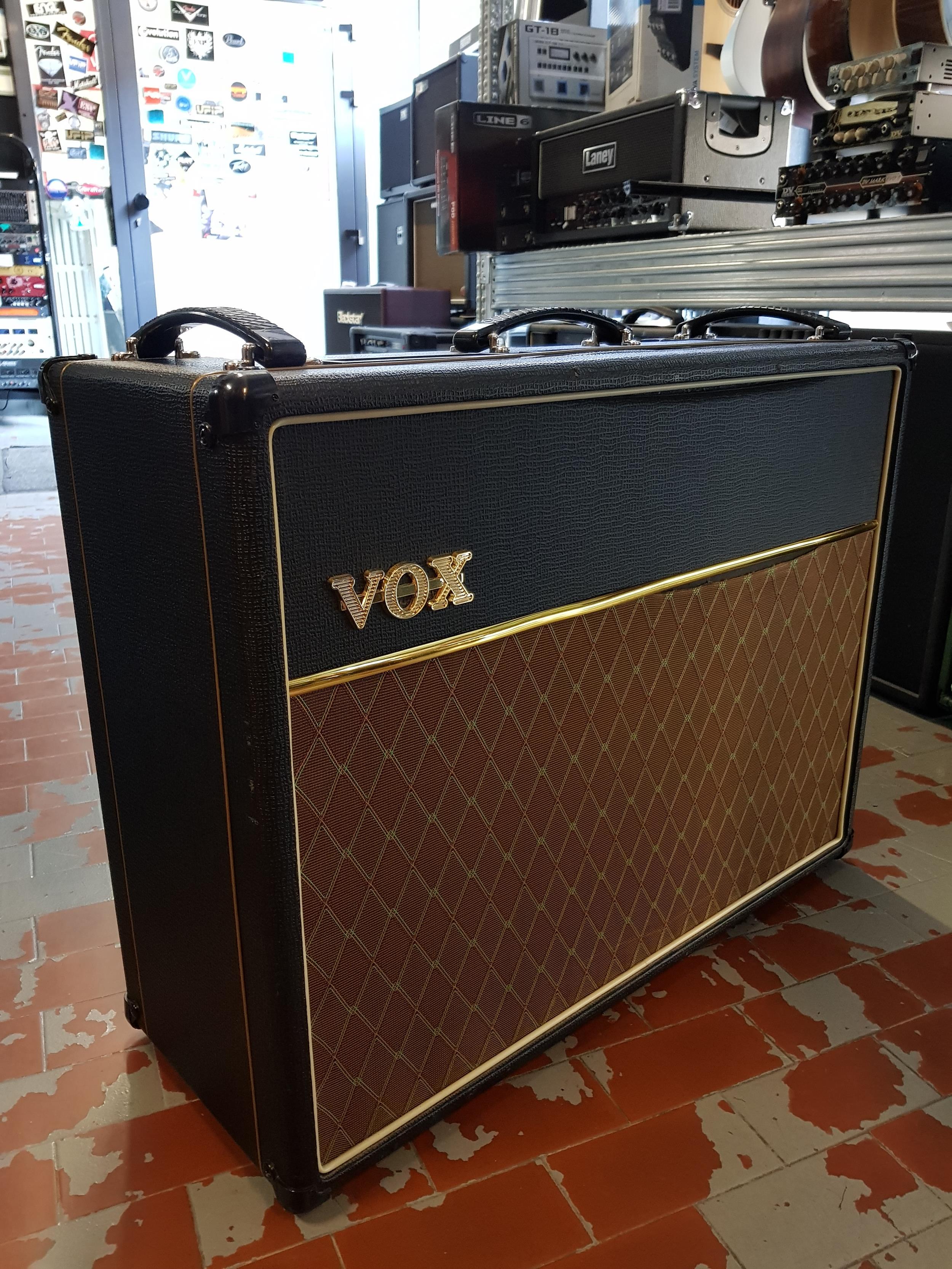 VOX VOX AC30 CC2 ..