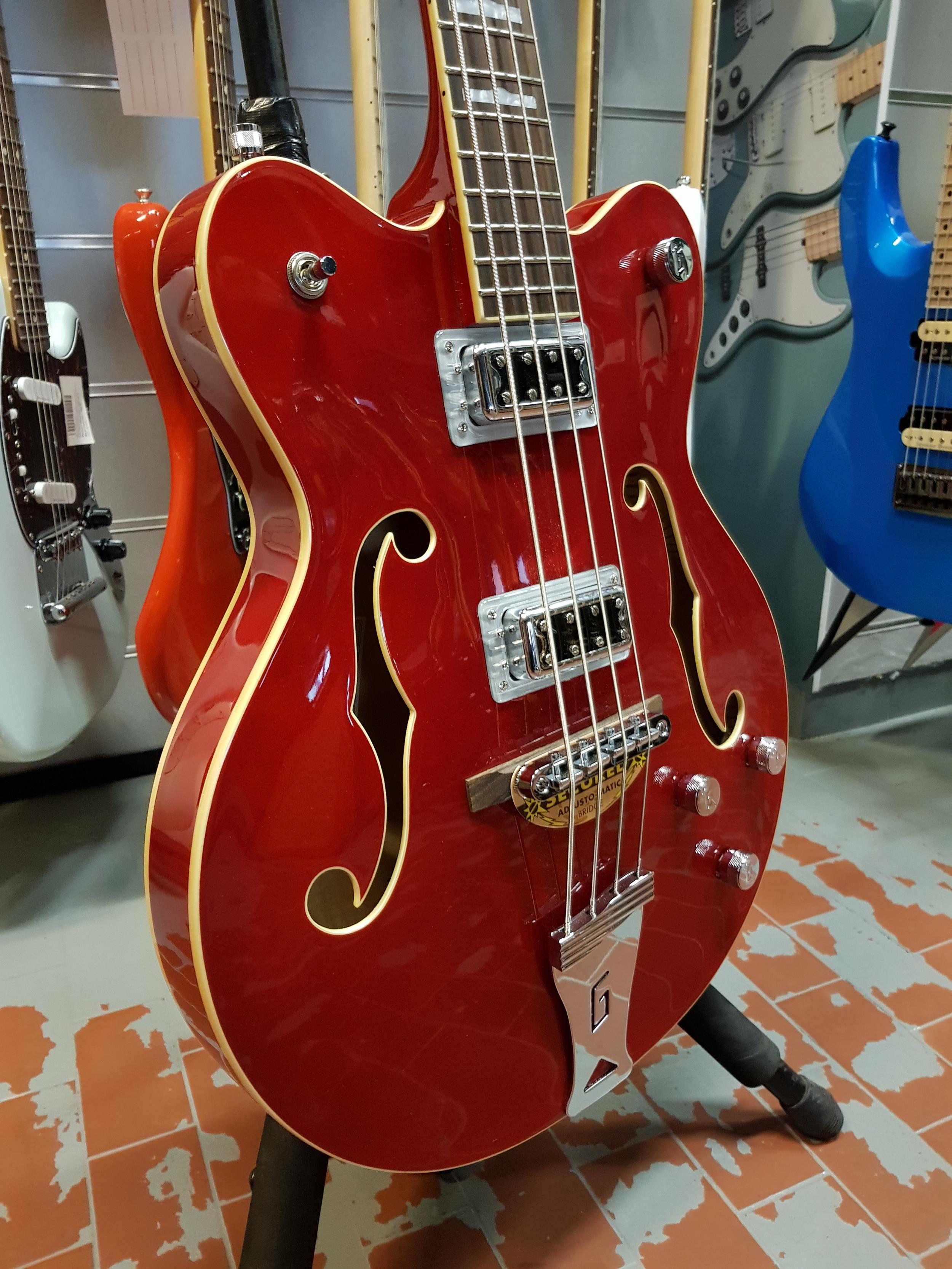 GRETSCH G-5442 BDC ELECTROMATIC HOLLOWBODY SS SHORT SCALE BASS TRANSPARENT RED – 2518002515