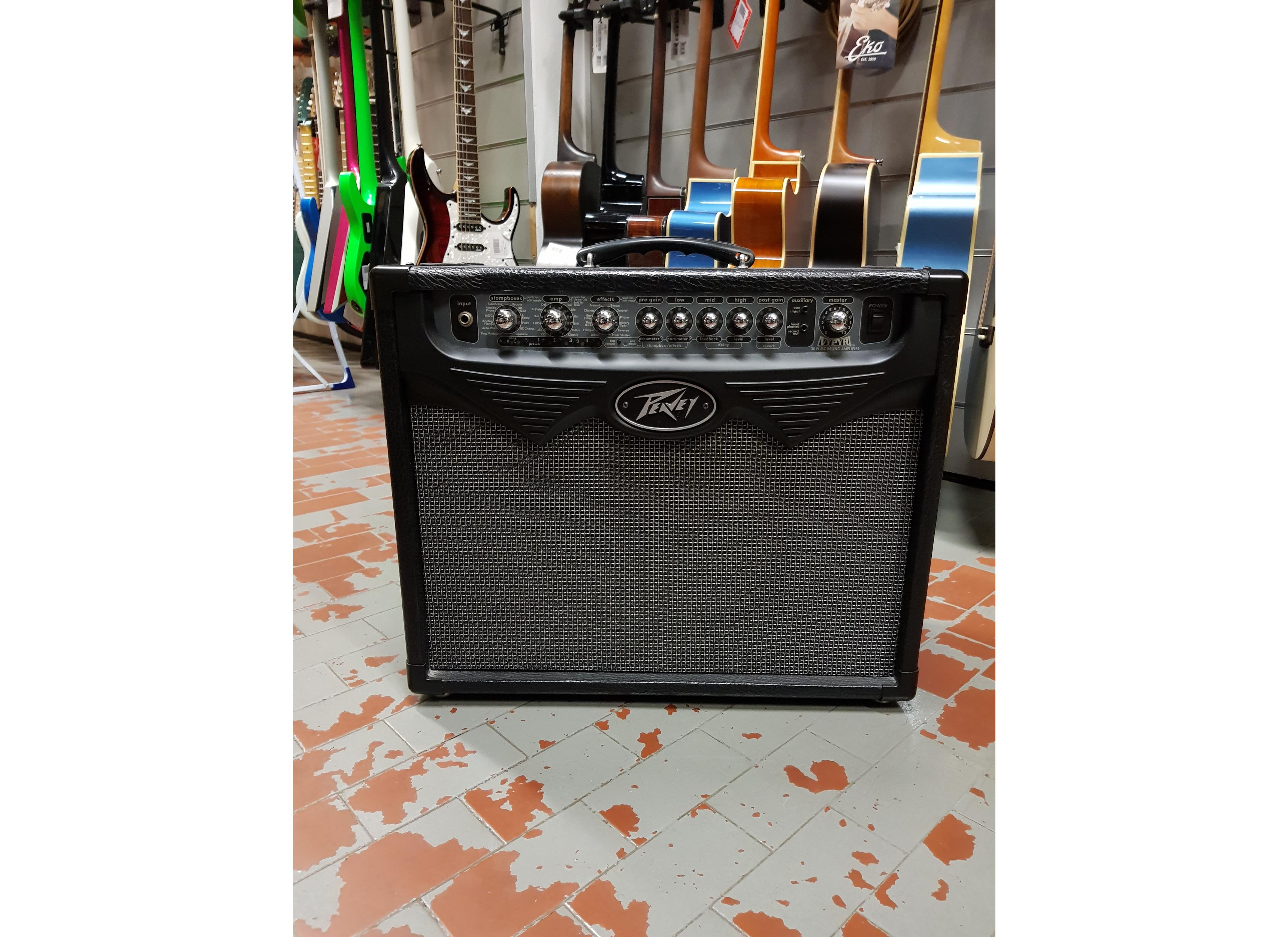 PEAVEY VYPYR 75 COMBO ..