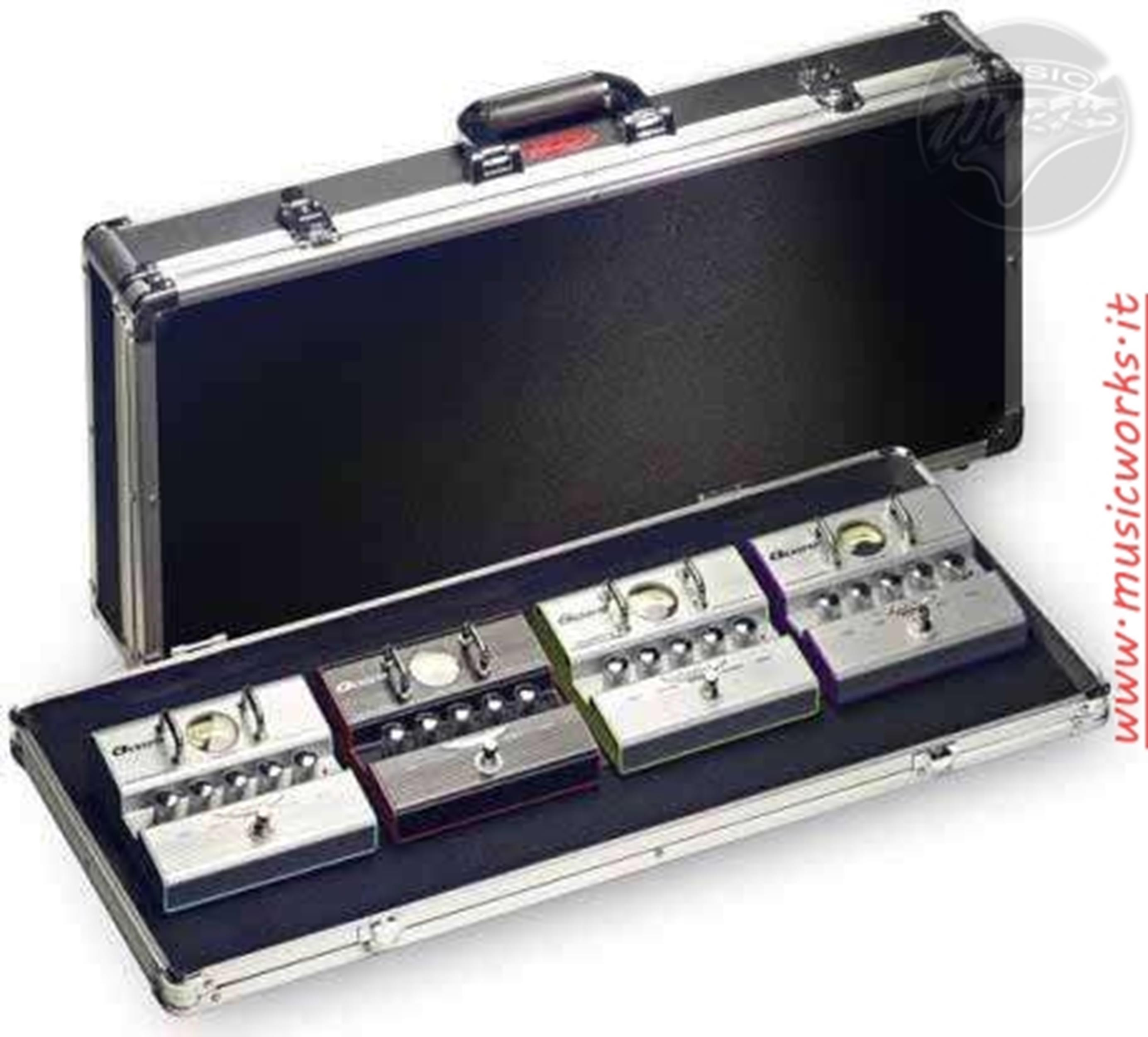 STAGG UPC688 VALIGIA PORTAPEDALI   compatibile POD HD  pedal board