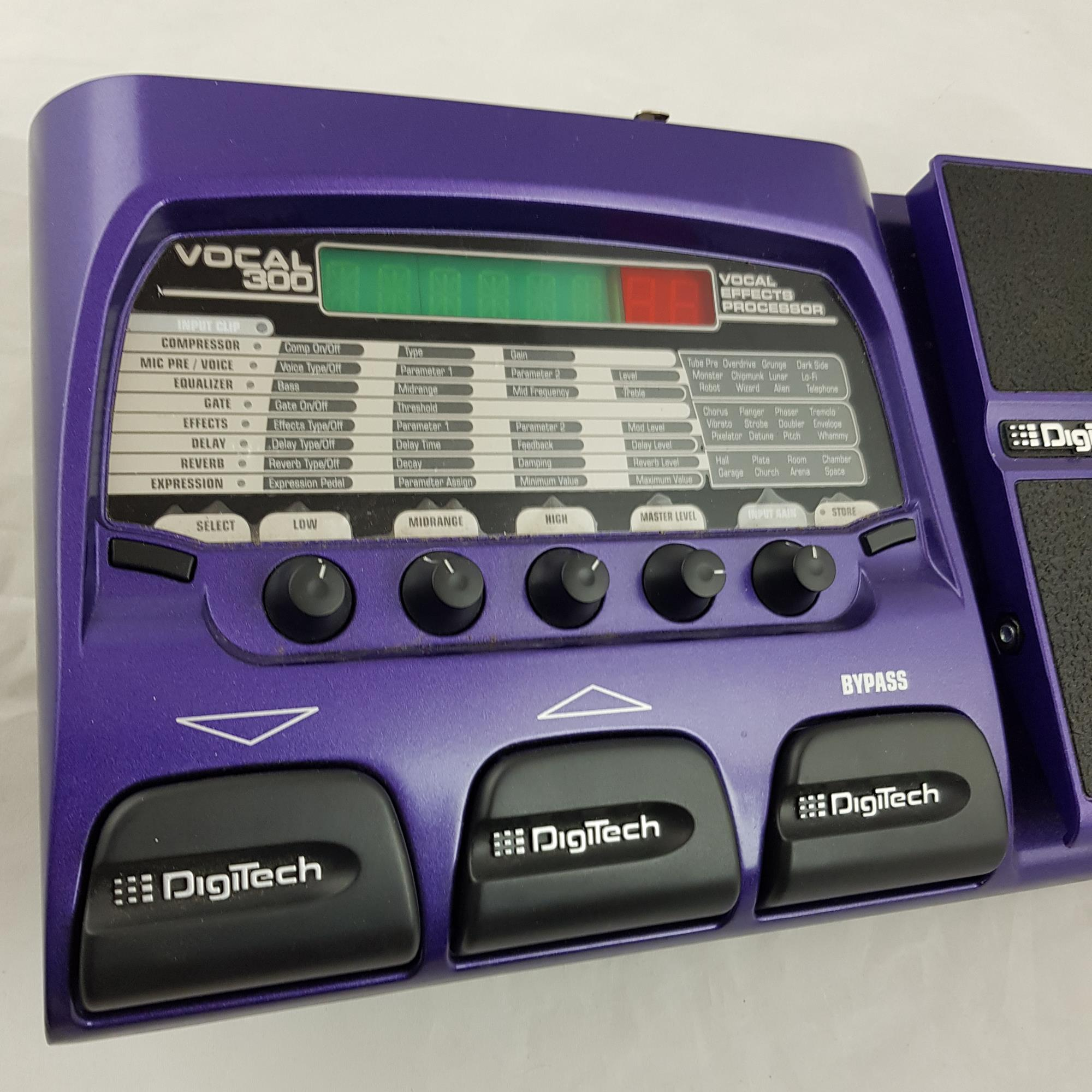 DIGITECH VOCAL 300 VOCAL EFFECTS PROCESSOR