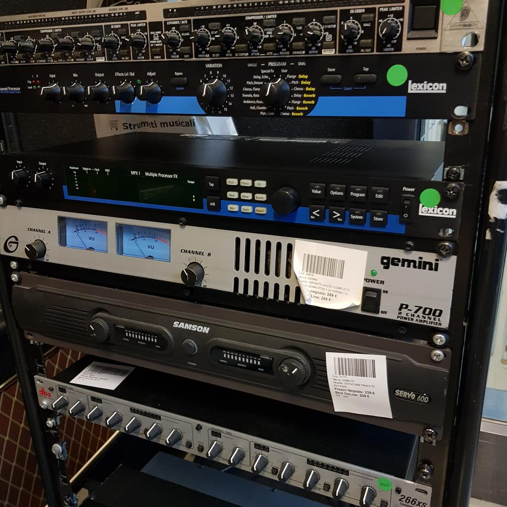 GEMINI IMPIANTO AUDIO COMPLETO FINALE GEMINI P700 + 2 KARMA 112 - Voce - Audio Casse e Monitor - Diffusori Attivi