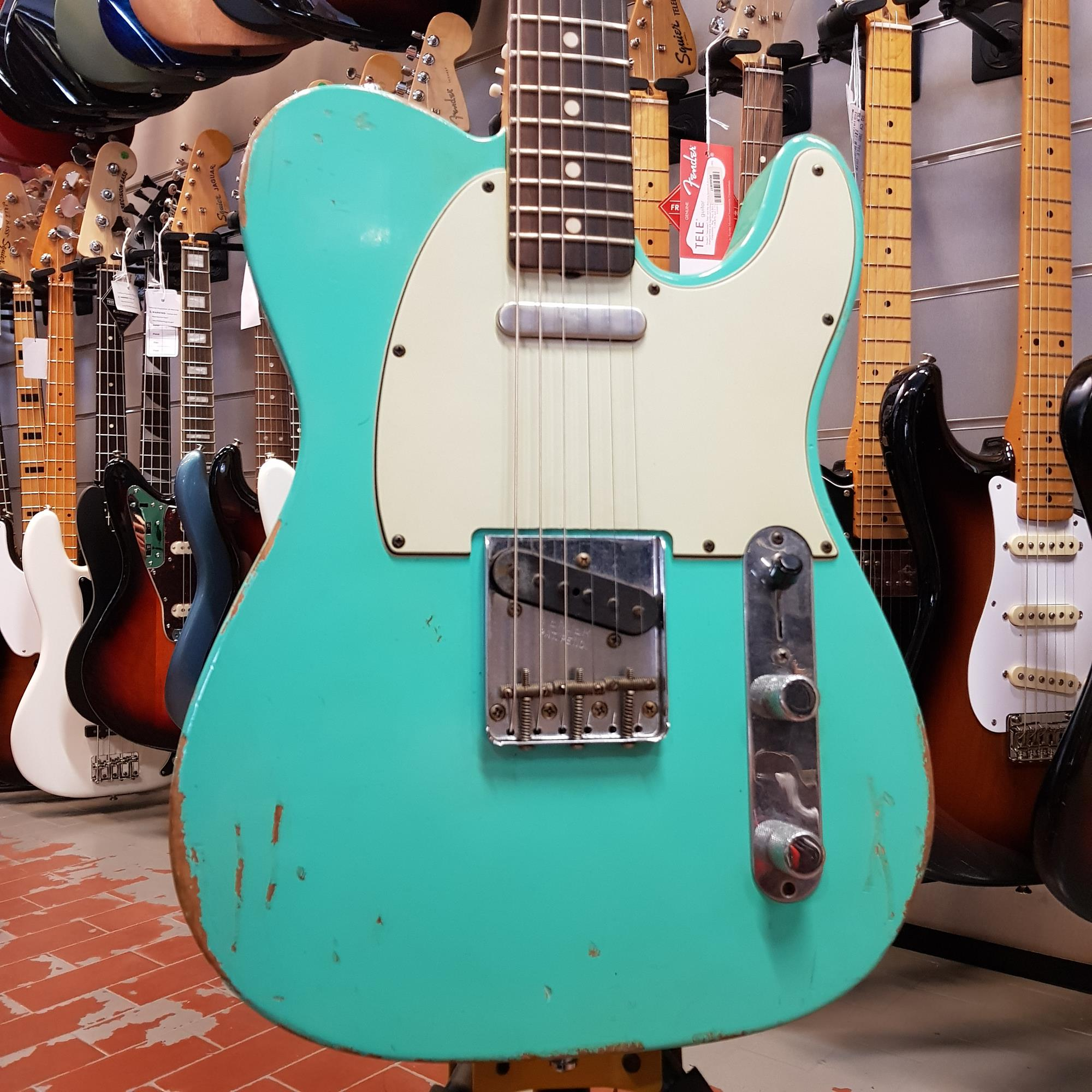 FENDER-CUSTOM-SHOP-1963-TELECASTER-RELIC-SEAFOAM-GREEN-sku-1595078512077