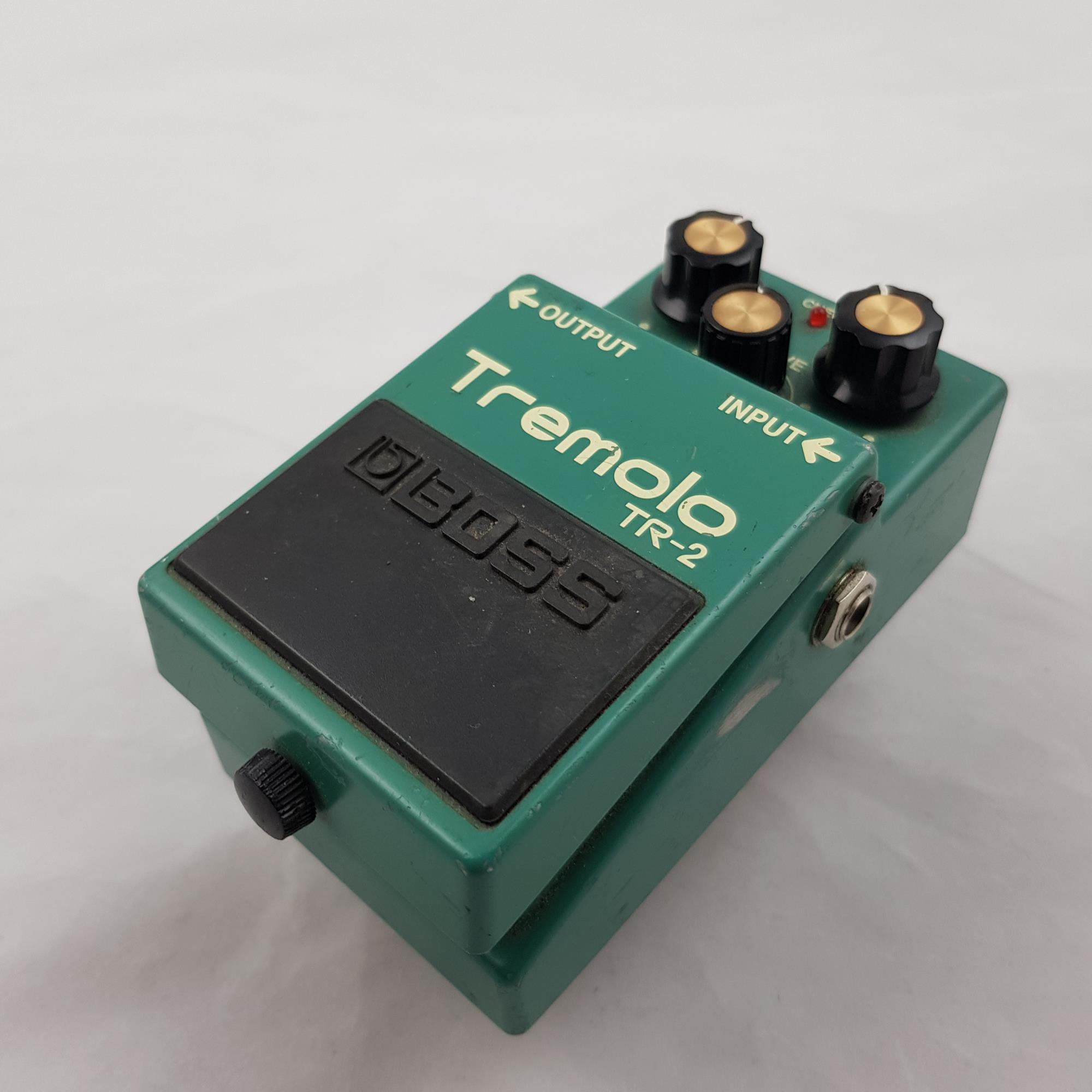 BOSS-TR-2-TREMOLO-sku-1602871402217
