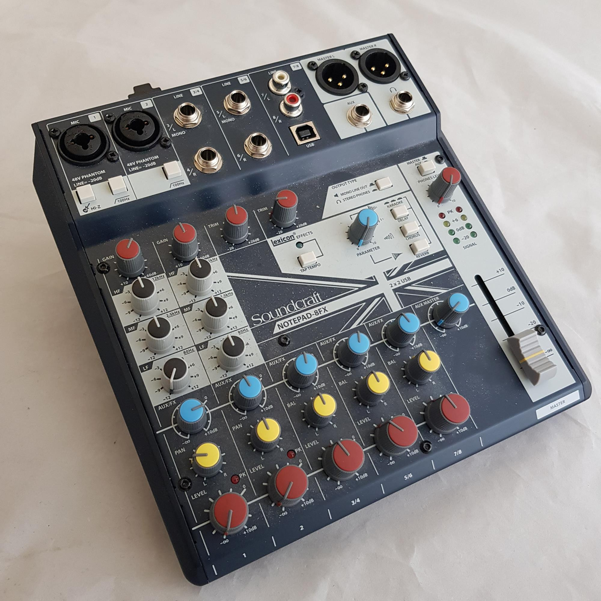 SOUNDCRAFT-NOTEPAD-8FX-MIXER-sku-1616251010509