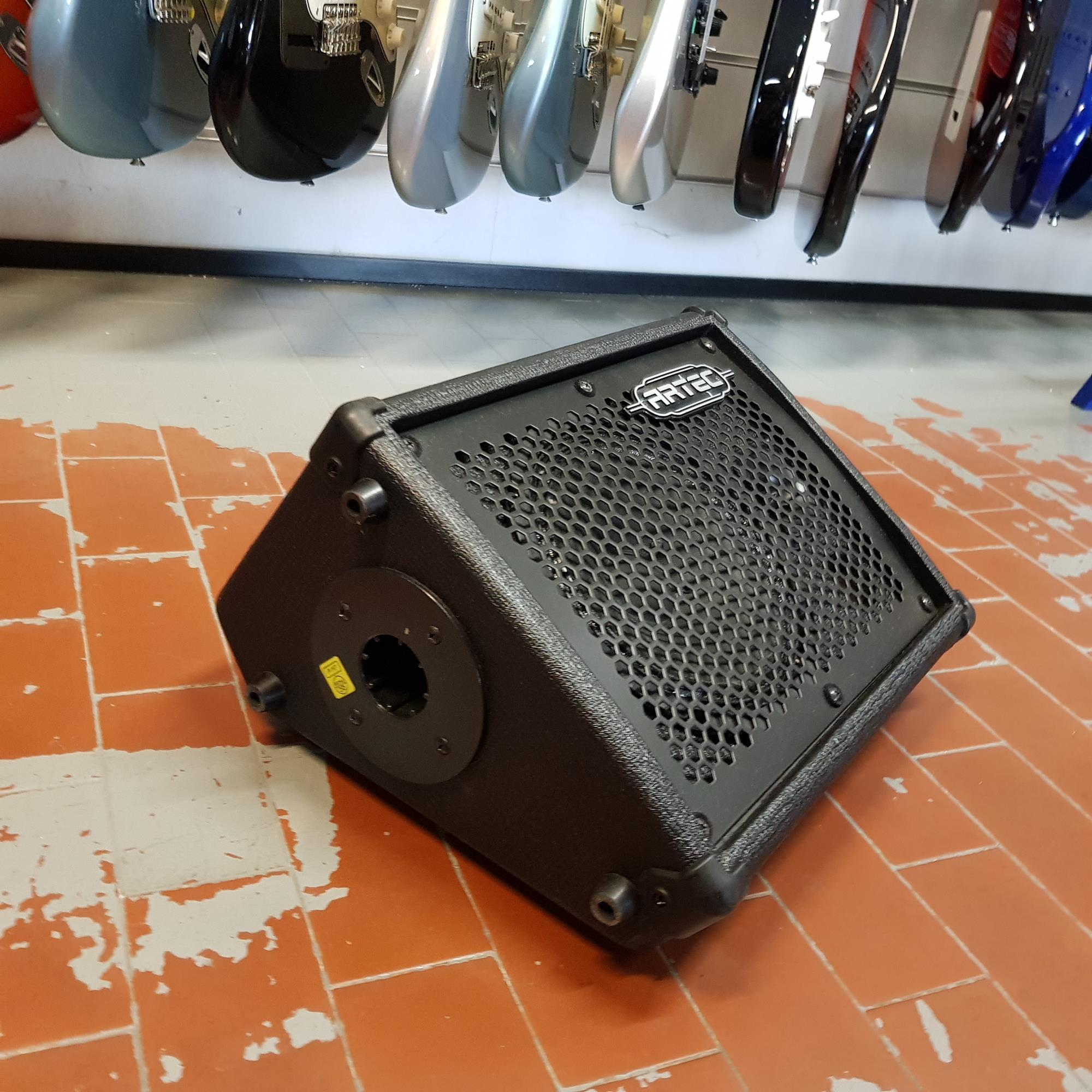 ARTEC-PMD-3-BUSKER-PORTABLE-COMBO-AMP-MIXING-MONITOR-SYSTEM-sku-1626457027851