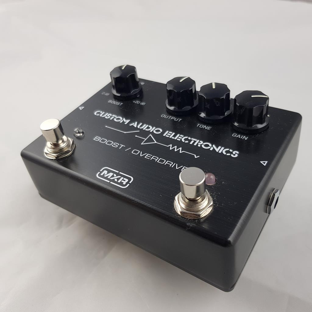 MXR CUSTOM AUDIO MC 402 BOOST OVERDRIVE .