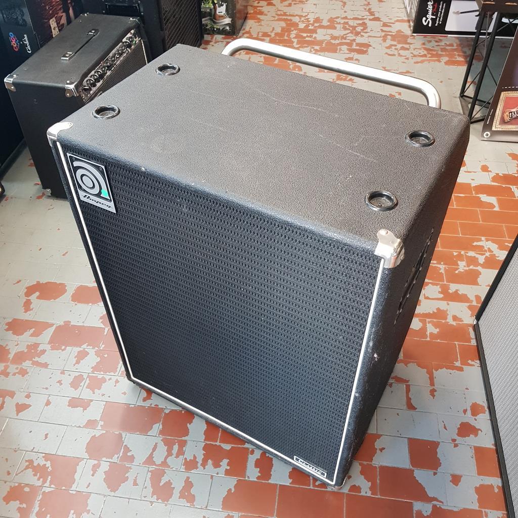 AMPEG SVT 410 HLF 4X10 .