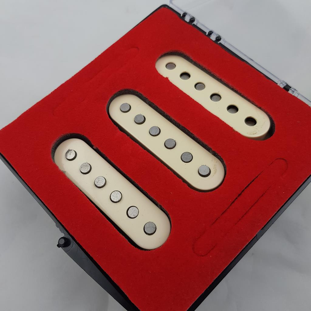 FENDER PICKUP - NOISELESS CLASSIC PLAYER 60 STRATOCASTER MEX .